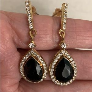 Drop Earrings with black stone